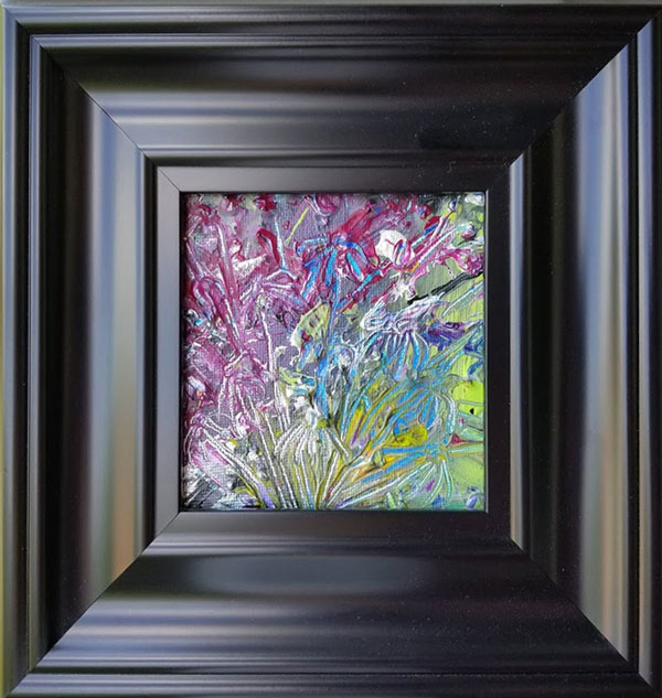 An abstract painting of daisies in a colorful backdrop